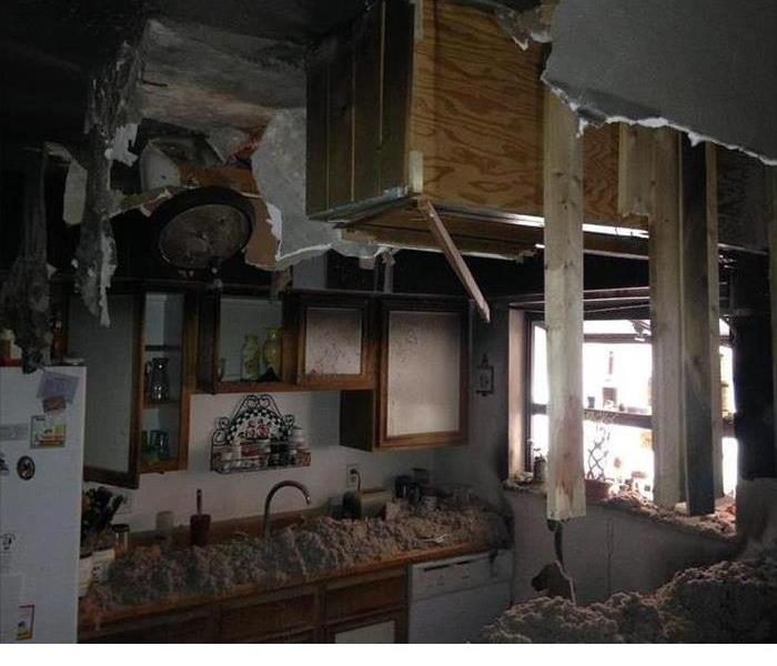 Kitchen Fire Causes Major Damage in Mobile, AL